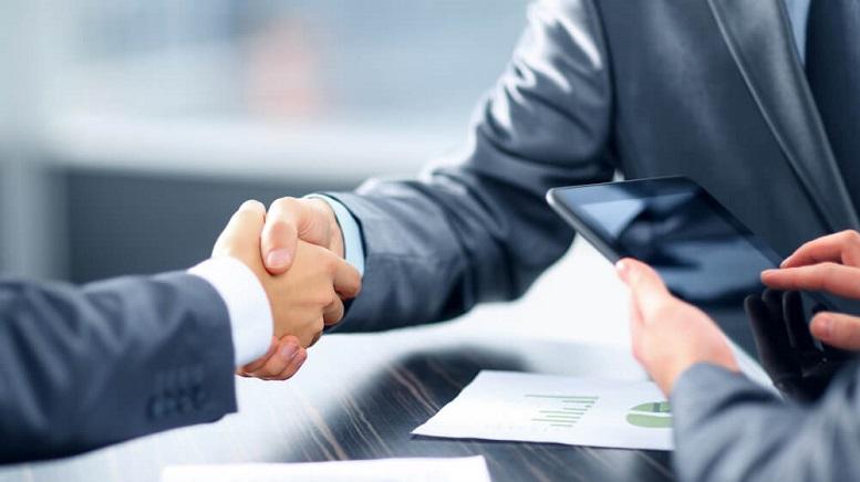Golden Leaf Holdings Expands Management Team